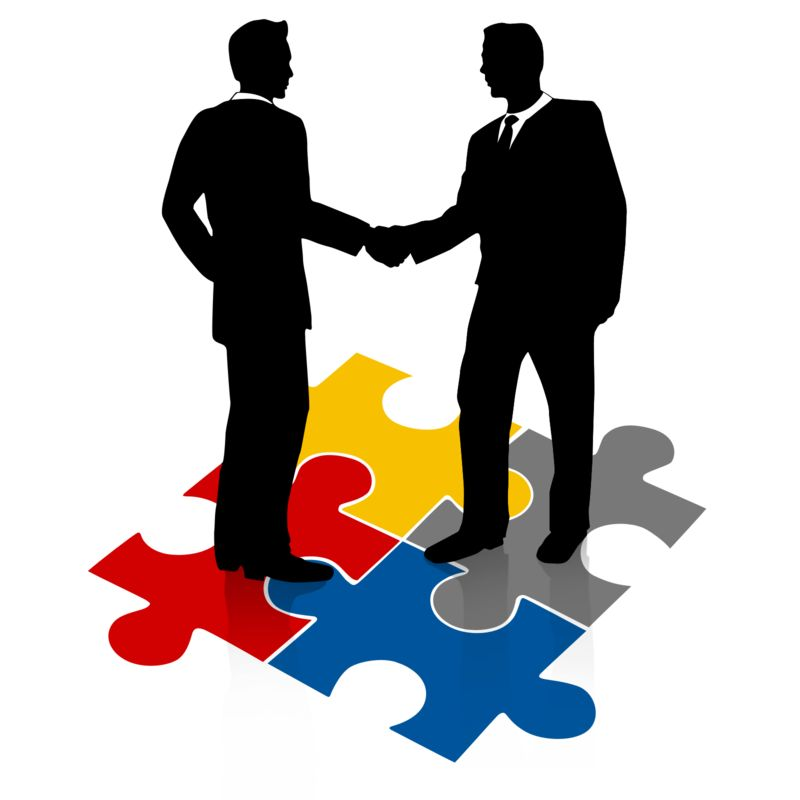 Clipart - Businessmen Shake Hands Puzzle