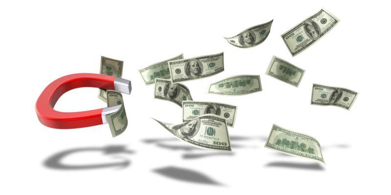 Clipart - Horseshoe Magnet Pulling Dollar Bills