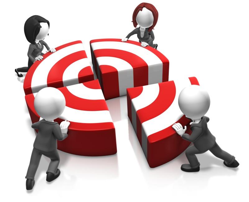 Clipart - Push The Bullseye