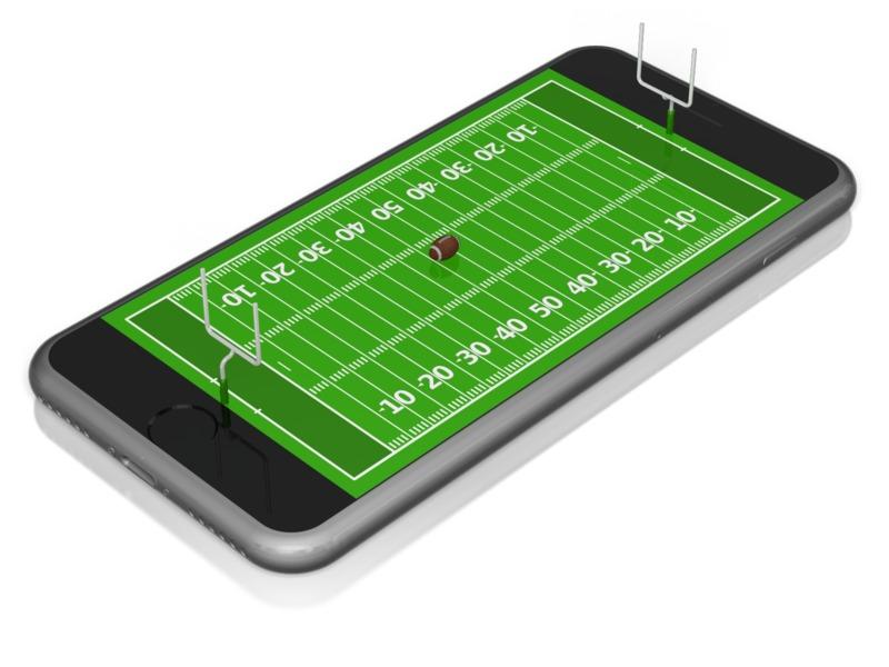 Clipart - Smart Phone Football