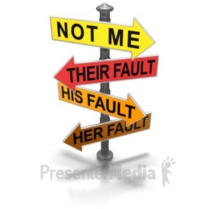 ID# 5812 - Pointing Blame Sign - Presentation Clipart